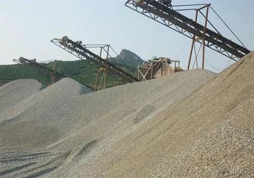与天然河沙相比,机制砂有何特点?