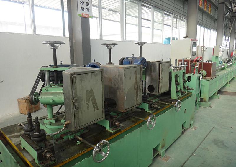 鈦焊管制管機設備2