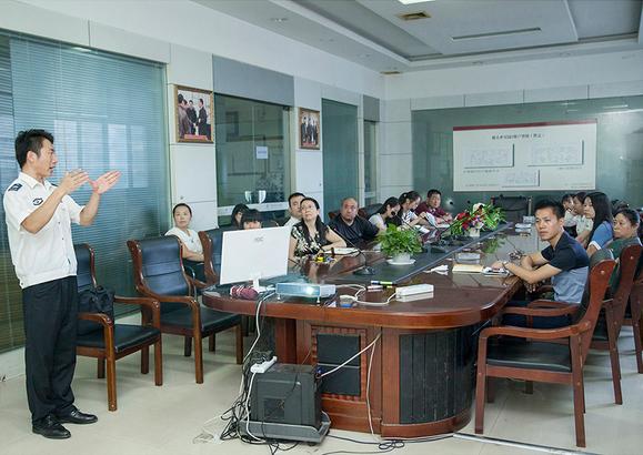 手拉手集團開展消防安全知識培訓講座