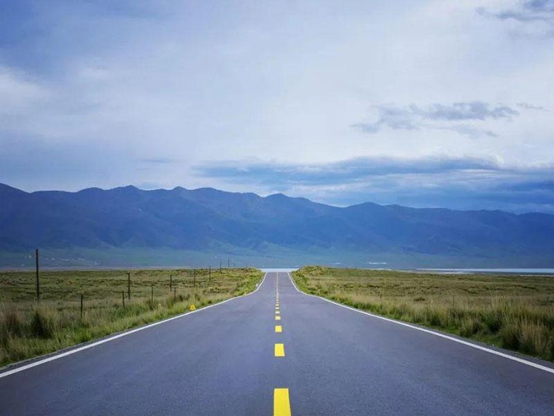 我國農村公路工程要實行質量責任終身制