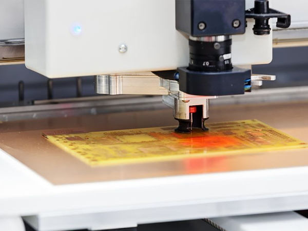 CNC精雕機和CNC數控雕銑機有何區別
