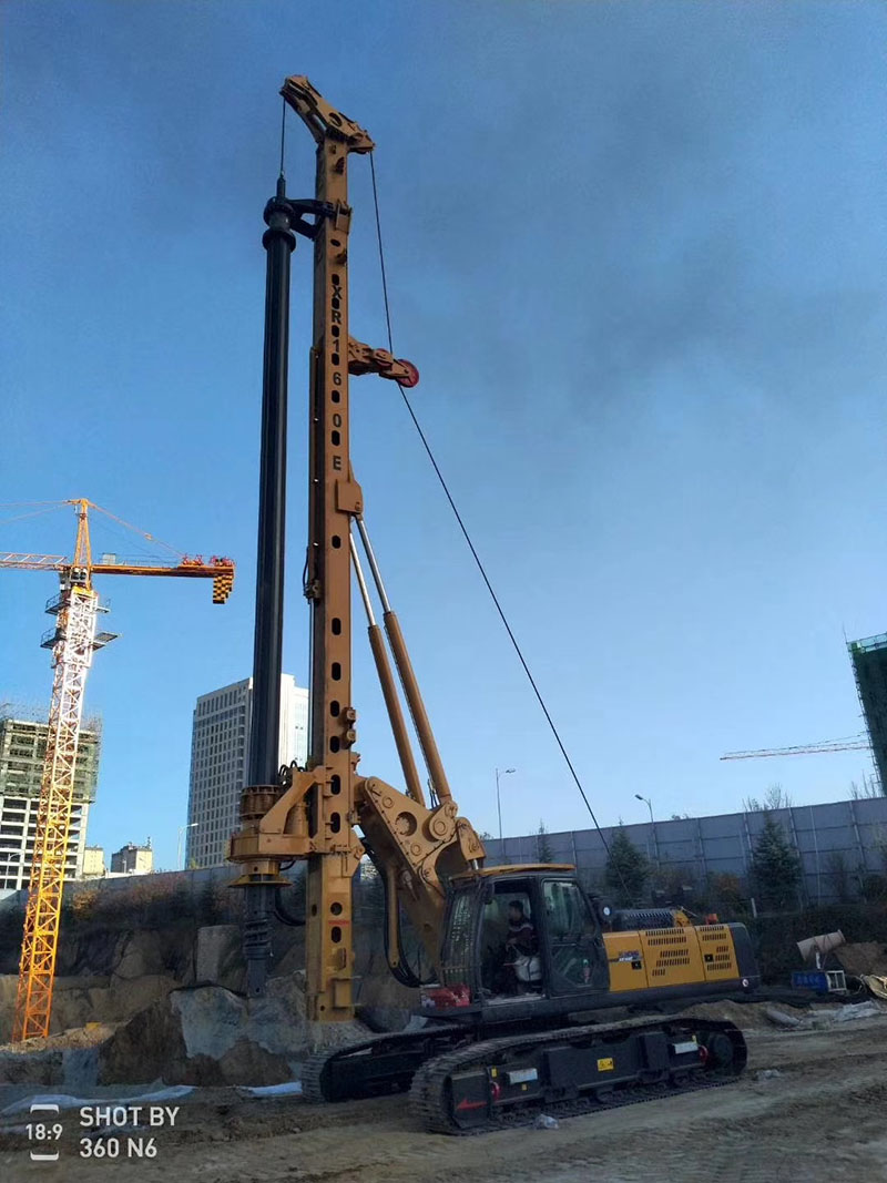 徐工XR160E旋挖钻机助力巢湖大建设
