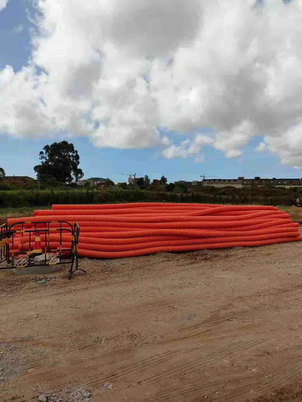 """福建融通管业有限公司生产的""""榕通""""牌HFB电力电缆护套管应用于福州经济区项目之中..."""
